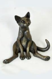 bronze resin Cat legs akimbo