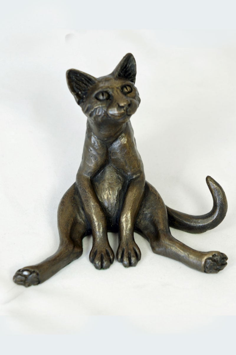 bronze resin Cat legs akimbo